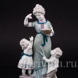 Фарфоровая статуэтка Миска с вишней, Goebel, Германия, нач. 20 в.
